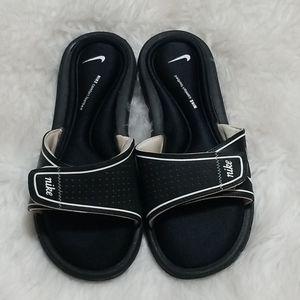 Nike Comfort FootBed Slip On Slides